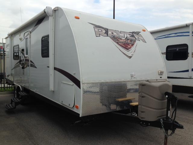 Used 2013 Winnebago Raven 250KS ULTRA LITE Travel Trailer For Sale