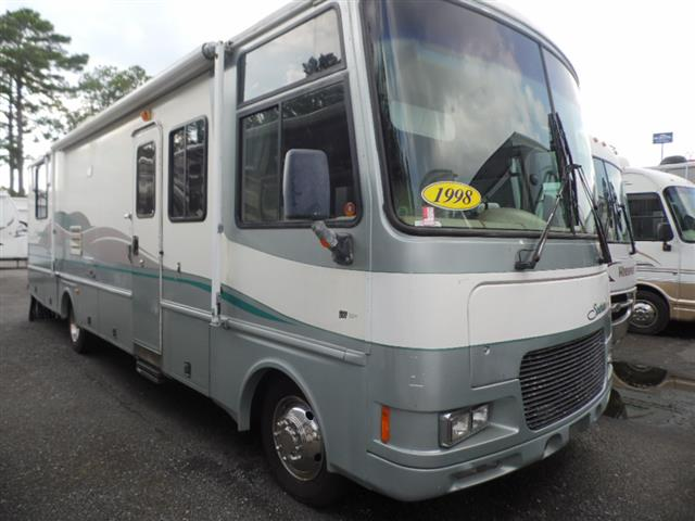 Used 1998 Fleetwood Southwind 32H Class A - Gas For Sale