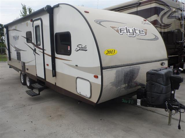 Used 2013 Forest River SHASTA FLYTE 26 DB Travel Trailer For Sale