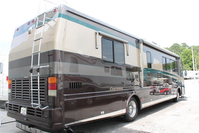 Used2003 Beaver Motor Coaches Contessa Class A Diesel