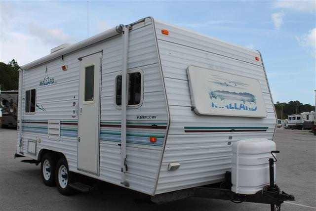Used 2002 Fleetwood Mallard 19N Travel Trailer For Sale