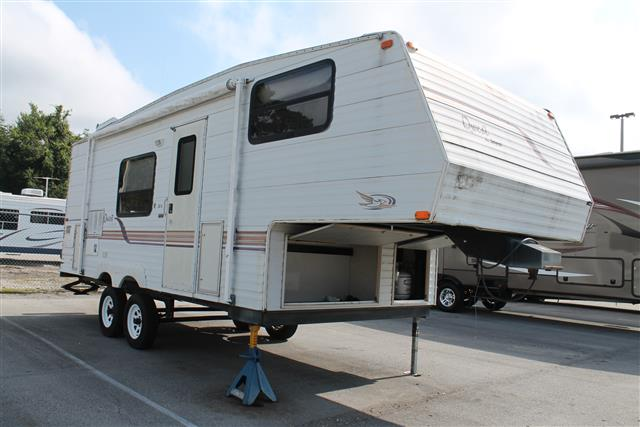 Used 2002 Jayco Quest 237A Fifth Wheel For Sale