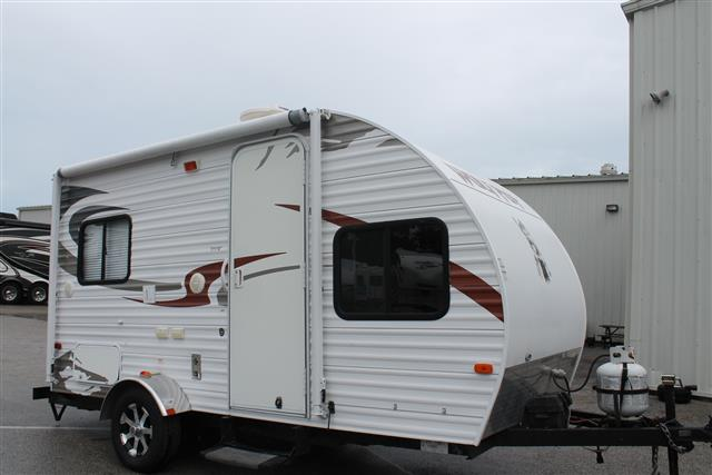 Used 2012 Cherokee WOLF PUP M-16P Travel Trailer For Sale