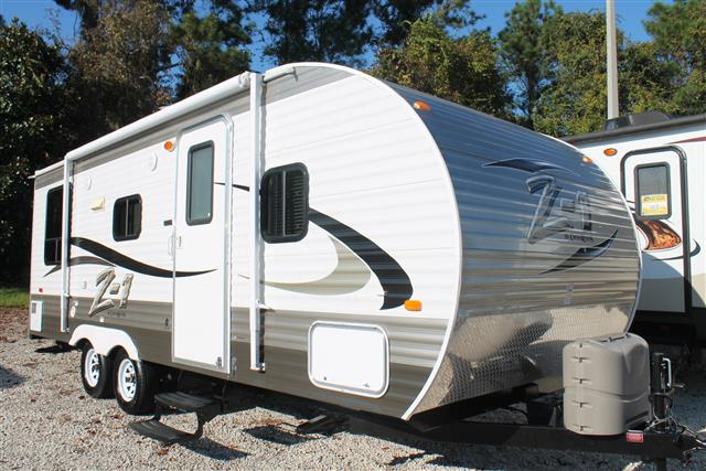 Used 2014 Crossroads Z-1 Z-1 Travel Trailer For Sale