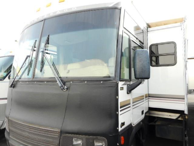 Used 2001 Winnebago Adventurer 32V Class A - Gas For Sale