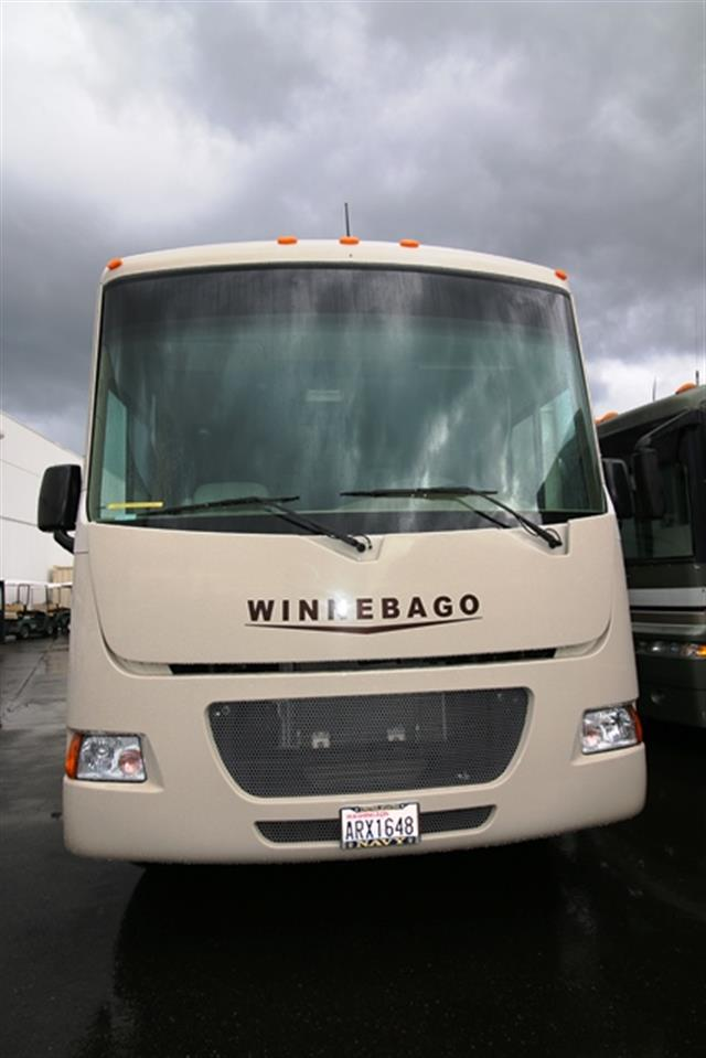 Used 2014 Winnebago Vista 26HE Class A - Gas For Sale
