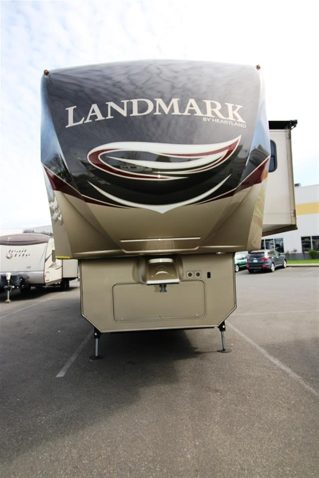 Used 2014 Heartland Landmark SAVANNAH Fifth Wheel For Sale