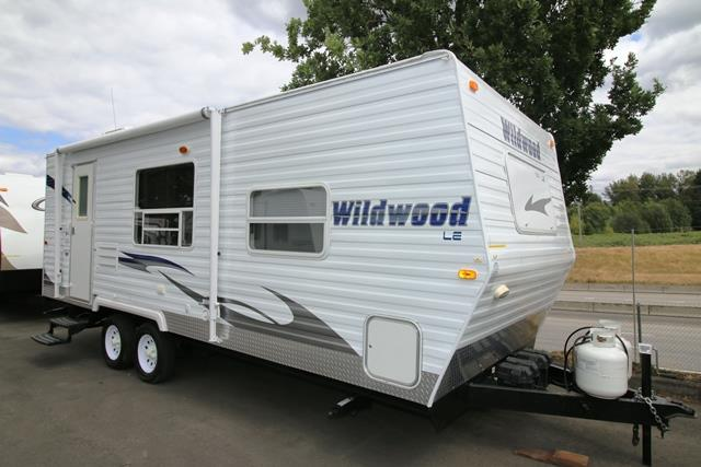 Used 2010 Forest River Wildwood 23FBS Travel Trailer For Sale