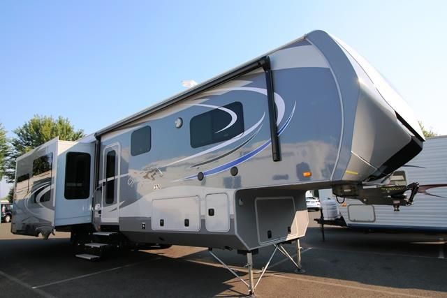Used 2015 OPEN RANGE OPEN RANGE 3X 3X378RLS Fifth Wheel For Sale