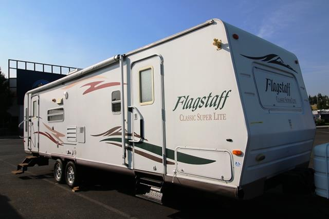 Used 2007 Forest River Flagstaff 831RLSS Travel Trailer For Sale