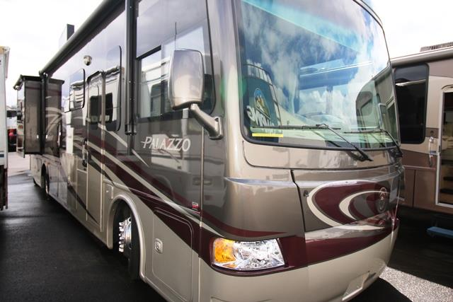 Used 2014 THOR MOTOR COACH PALAZZO 33.2 Class A - Diesel For Sale