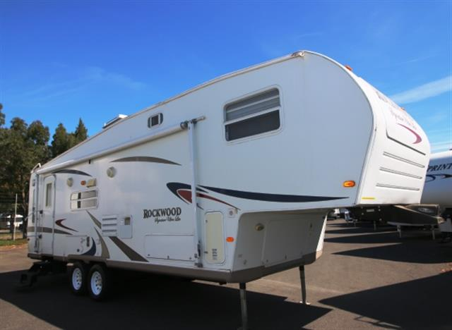 Used 2007 Forest River Rockwood 8283SS Fifth Wheel For Sale
