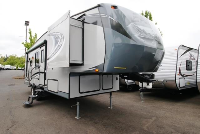 Used 2013 Jayco Eagle 26.5RL Fifth Wheel For Sale