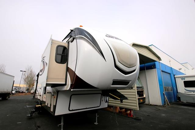 Used 2015 Keystone Sprinter 304FWRKS Fifth Wheel For Sale