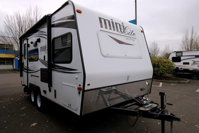 Used 2015 Forest River Rockwood 1809S MINI LITE Travel Trailer For Sale
