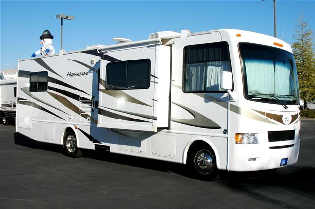 Buy a Used Fourwinds Hurricane in Roseville, CA.