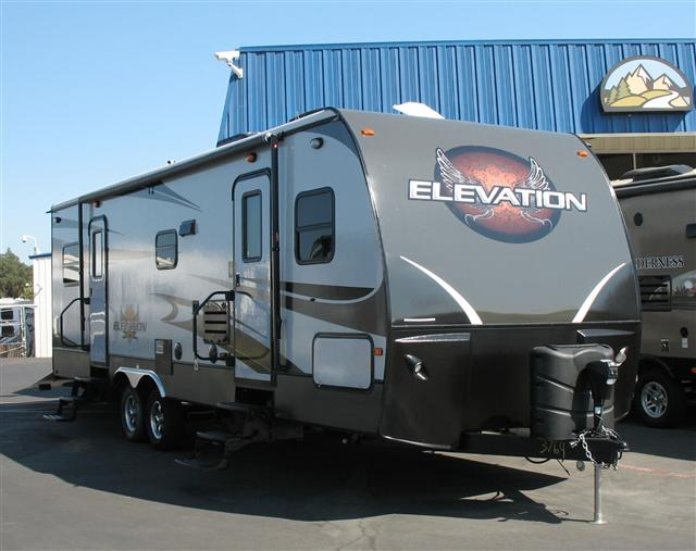2014 Travel Trailer Toy Hauler Crossroads ELEVATION