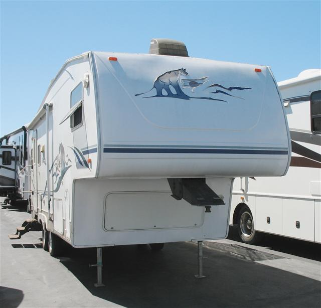 Buy a Used Keystone Cougar in Roseville, CA.