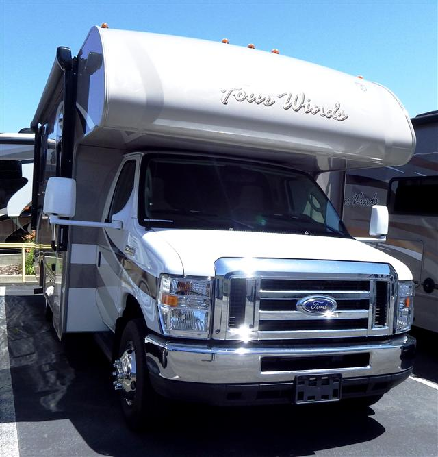 Buy a New THOR MOTOR COACH Four Winds in Roseville, CA.