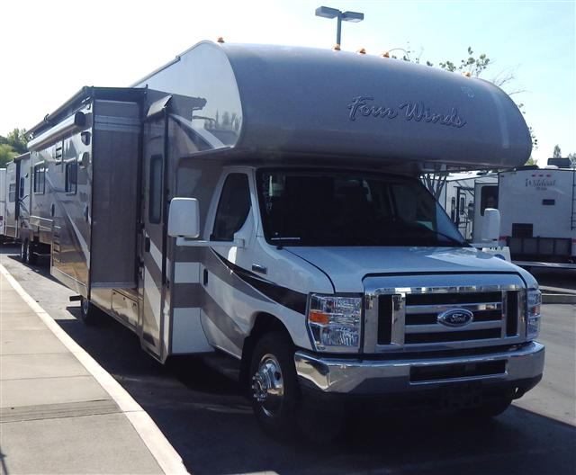 New 2015 THOR MOTOR COACH Four Winds 28F Class C For Sale