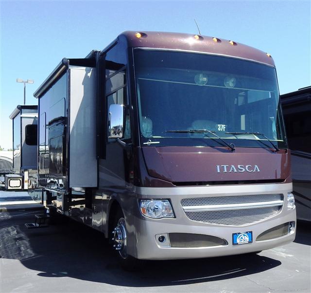 2015 Class A - Gas Itasca Suncruiser