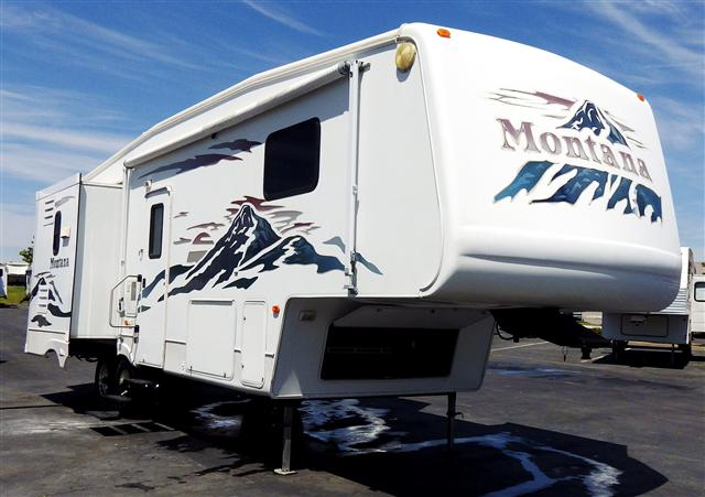 2004 Fifth Wheel Keystone Montana