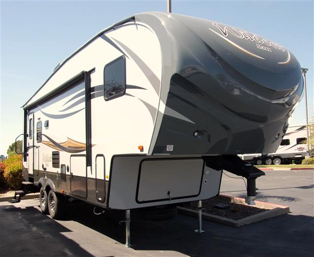 New 2016 Forest River Wildcat 272RLX Fifth Wheel For Sale
