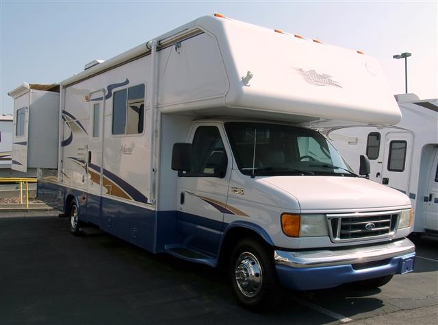 Used 2004 Holiday Rambler Atlantis 29PBD Class C For Sale