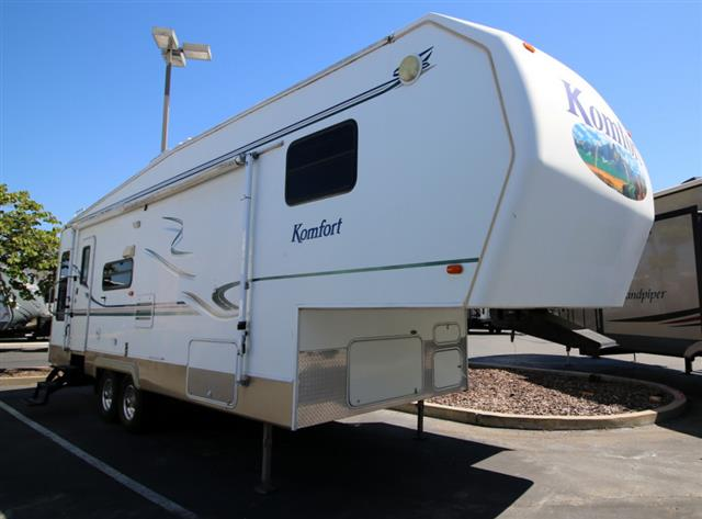 Used 2004 Komfort Komfort 29FS Fifth Wheel For Sale
