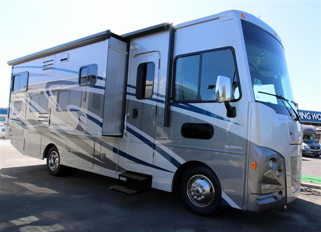 New 2016 Itasca SUNSTAR LX 27N Class A - Gas For Sale