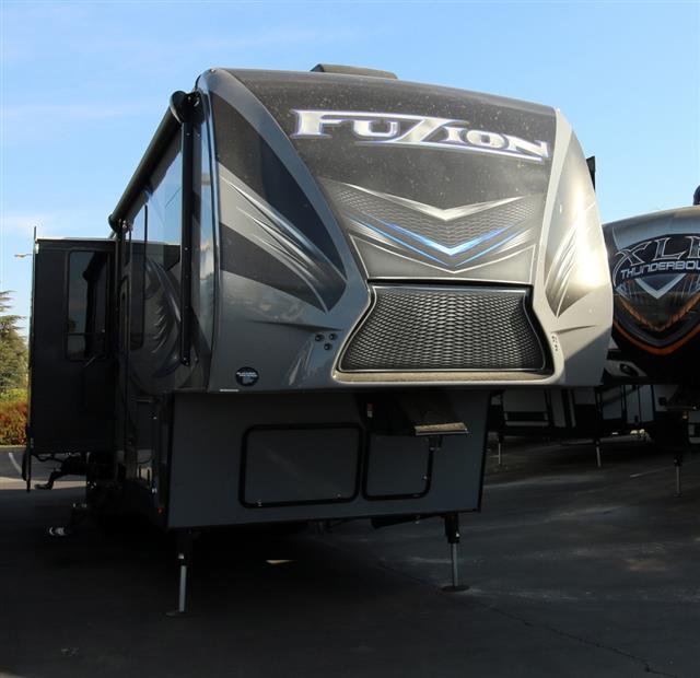 New 2016 Keystone Fuzion 413 Fifth Wheel Toyhauler For Sale