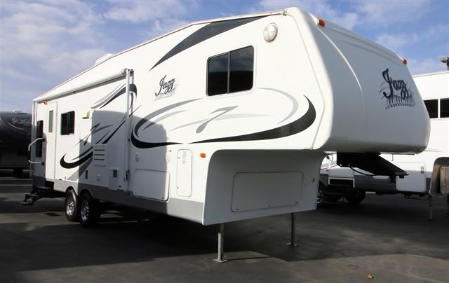 Used 2006 Thor Jazz 2760RL Fifth Wheel For Sale
