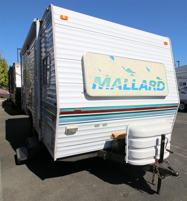 Used 2000 Fleetwood Mallard 19N Travel Trailer For Sale