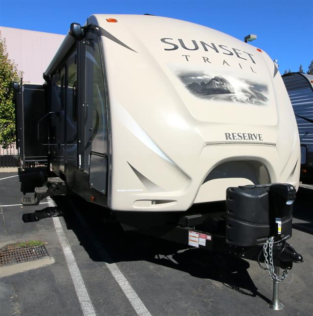 Used 2016 Crossroads Sunset Trail 32RL Travel Trailer For Sale