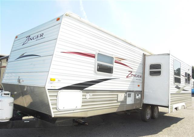 Used 2008 Crossroads Zinger