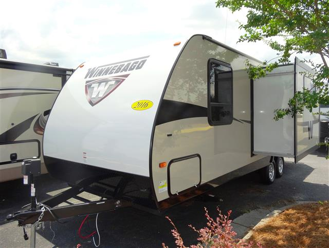 New 2016 Winnebago Minnie 2451BHS Travel Trailer For Sale
