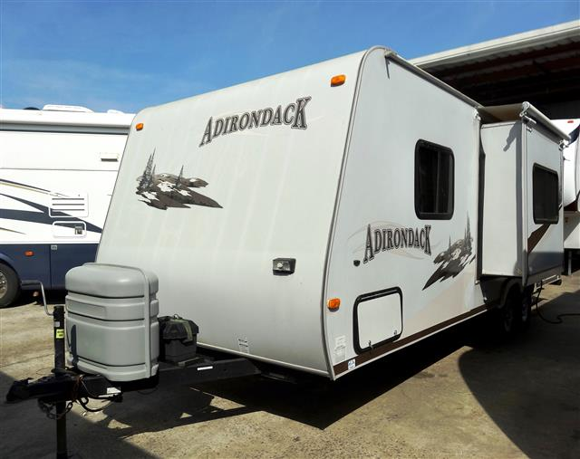 Used 2007 Dutchmen Adirondack 27FK Travel Trailer For Sale
