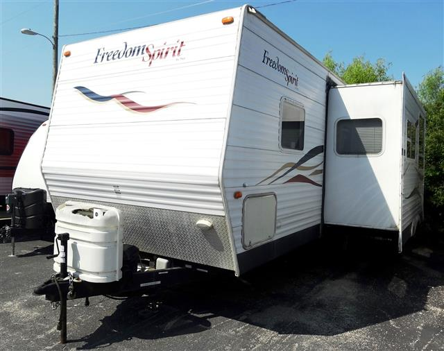 Used 2006 Dutchmen Freedom Spirit 260B-DSL Travel Trailer For Sale