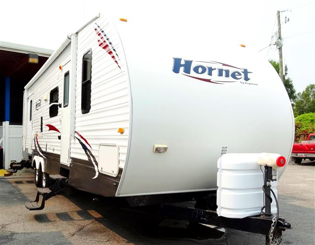 Used 2010 Keystone Hornet 31RBDS Travel Trailer For Sale