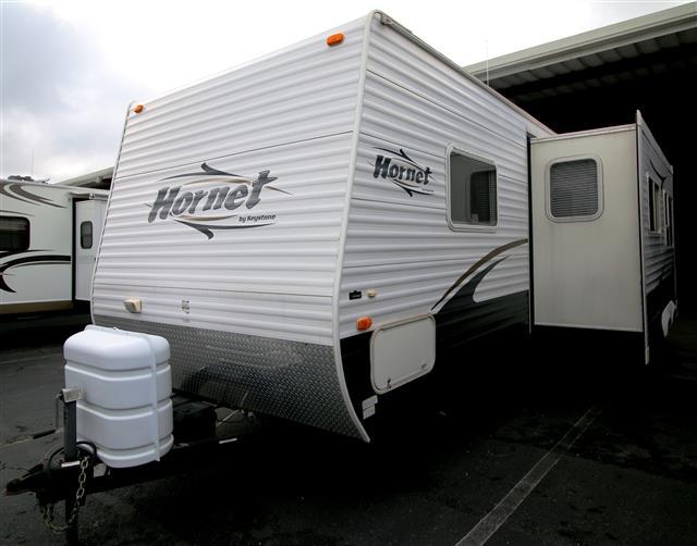 Used 2007 Keystone Hornet 27RLS Travel Trailer For Sale