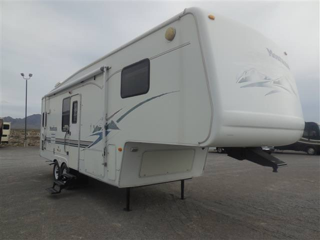 Used 2001 Keystone Montana 2850RK Fifth Wheel For Sale