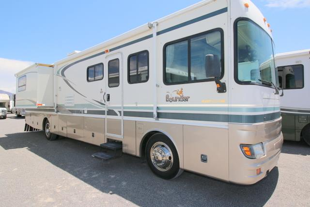 Used 2001 Fleetwood Bounder 39R Class A - Diesel For Sale