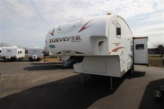 Used 2008 Forest River Surveyor 285RL Fifth Wheel For Sale