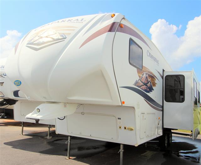 Used 2011 Coachmen Chapparrel 267RLS Fifth Wheel For Sale