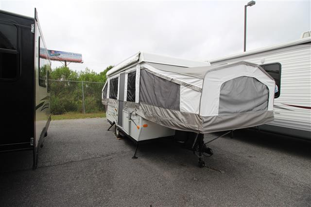 Used 2009 Forest River Yearling 4124 Pop Up For Sale