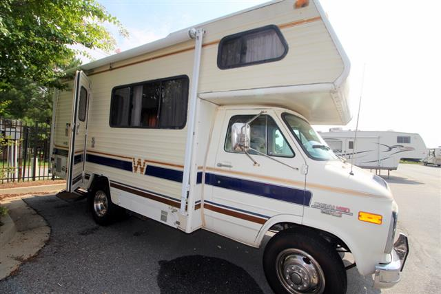 Used 1985 Winnebago Minnie 20RG Class C For Sale