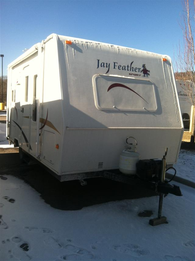 Buy a Used Jayco Jay Feather LGT in Roanoke, VA.