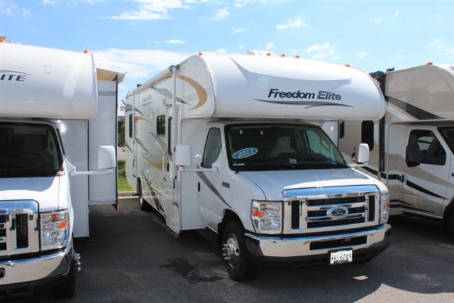 Buy a Used Fourwinds Freedom Express in Roanoke, VA.