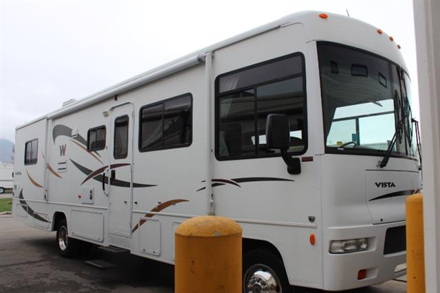 2008 Winnebago Vista