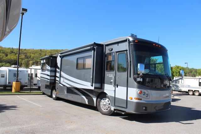 Used 2005 Holiday Rambler Sceptor 38PDQ Class A - Diesel For Sale